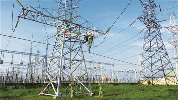 Những vướng mắc ảnh hưởng tới tiến độ xây dựng lưới điện giải toả công suất cho các dự án điện mặt trời