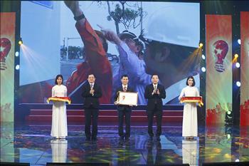 EVN đạt 1 giải Nhất và 2 giải Ba tại cuộc thi Sáng kiến vì cộng đồng lần thứ III