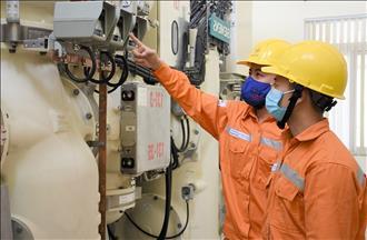 Thủ tướng Chính phủ hoan nghênh Tập đoàn Điện lực Việt Nam đồng hành cùng Chính phủ trong việc tháo gỡ khó khăn cho người dân và doanh nghiệp bị tác động bởi dịch COVID-19