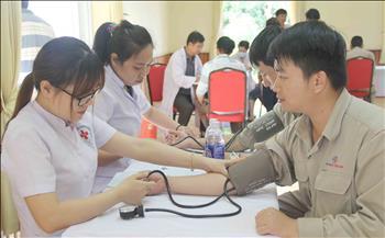 Tổ chức khám sức khỏe định kỳ