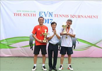 Công đoàn Cơ quan EVN: Tổ chức thành công Giải Tennis đôi Nam mở rộng lần thứ 6